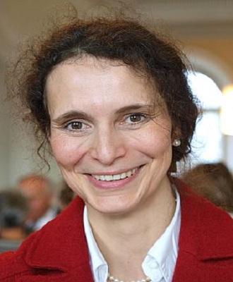Leading Speaker for International Cancer Conference 2021 - Margareta M. Muller